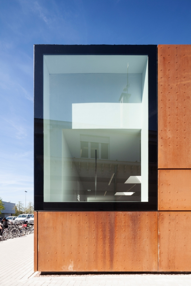 Studio Farris Architects - City Library Bruges - Foto 01 - ©Tim Van de Velde