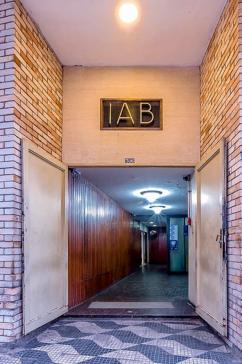 Figura 18 . IAB-SP, 2015. Foto: Rafael Schimidt (www.fotoarquitetura.com.br)